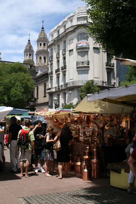 Sunday market in San Telmo (2008).