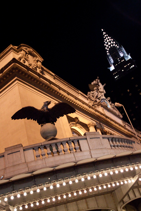 After eating a burger (burger eating will be a blog post all of its own) I walked over to Grand Central Station. Here's a corner, with another city landmark in the background.