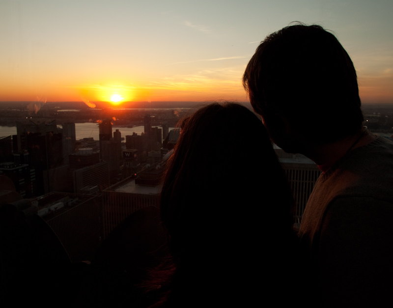 However, I was there alone, meaning I had to take photos of other couples enjoying the romantic sunset.