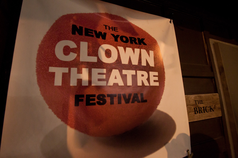 I only saw two shows at the Clown Theatre Festival, and I would consider neither of them clowning. Sure, both had some physical comedy and clowning elements, but both were character and sketch comedy from beginning to end. Thankfully I have no problem with that.