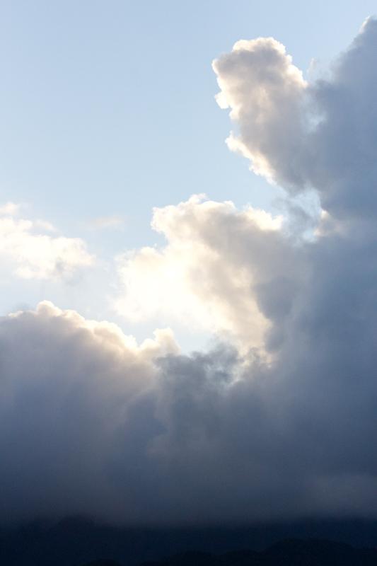 Hawaii on the Zaandam: Dramatic skies above Oahu.