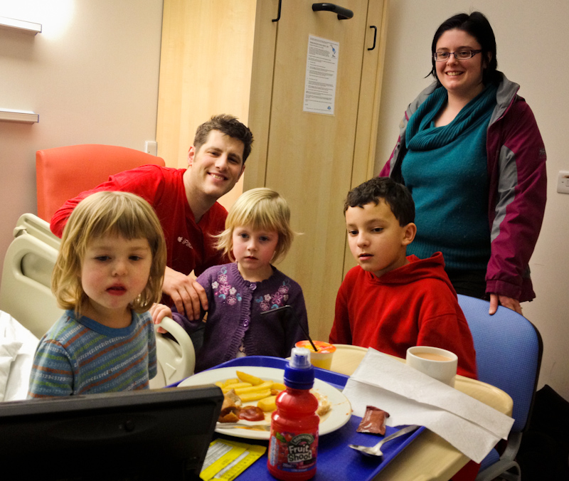 UK trip - January 2012: Family gathering in the hospital (iPhone photo).
