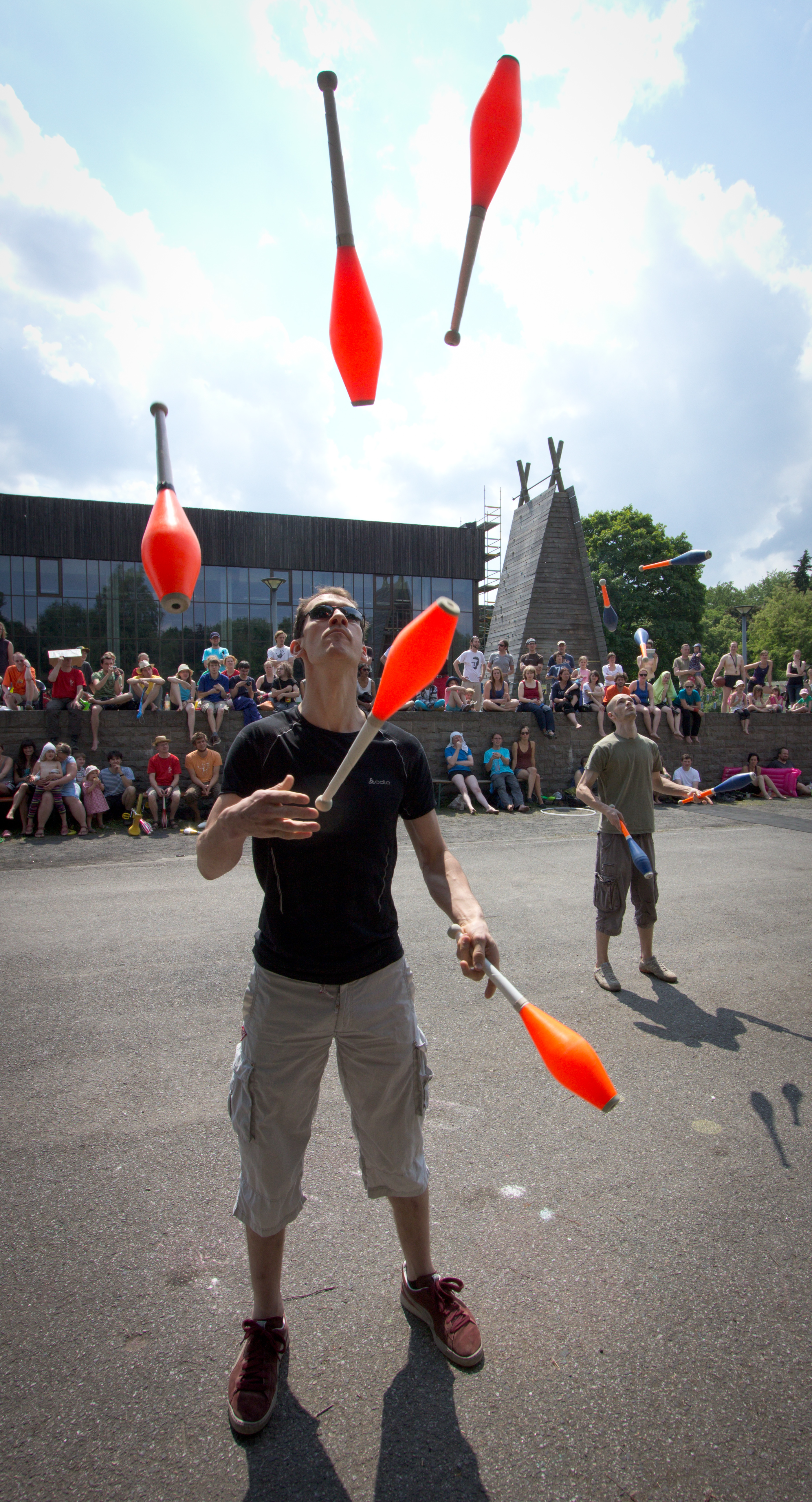 Berlin Juggling Convention 2013: The Juggling Games.