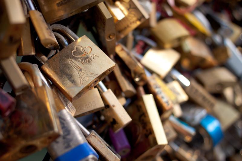 Luke and Juliane Summer Tour part 1: A day in Paris. A very secure bridge.