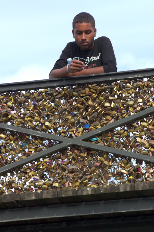 Luke and Juliane Summer Tour part 1: A day in Paris. A very secure bridge.