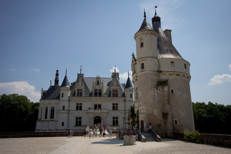 Luke and Juliane Summer Tour part 2 - Castles in the Loire Valley, Dune de Pyla and Condom: Chateau de Chenonceau.