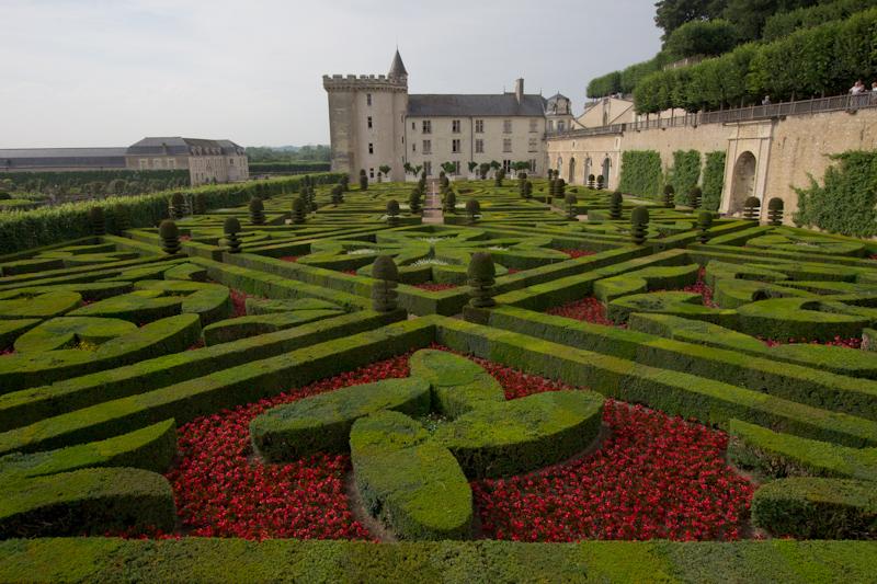 Luke and Juliane Summer Tour part 2 - Castles in the Loire Valley, Dune de Pyla and Condom: Villandry. The