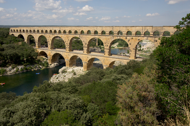 Luke and Juliane Summer Tour part 3 - Pont du Gard, Avignon, Arles, Senanque Abbey, Gordes: Pont du Gard.