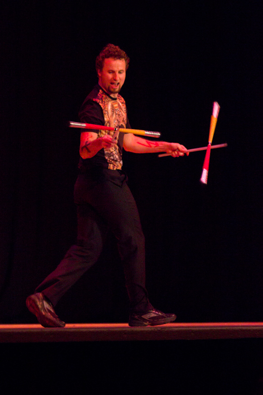 British Juggling Convention 2014: Gala Show