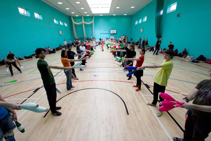 British Juggling Convention 2014: Speed Passing Workshop.