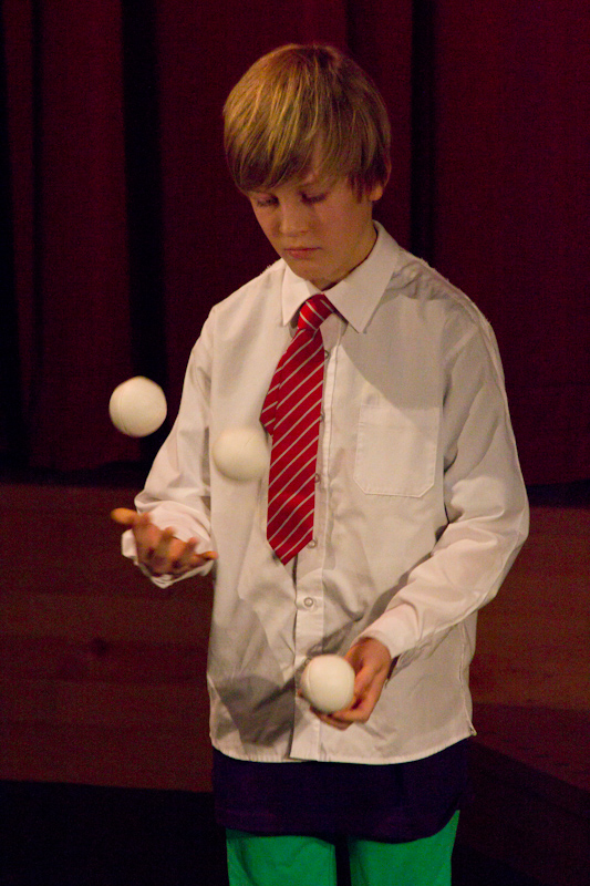 British Juggling Convention 2014: British Young Juggler of the Year 2014.