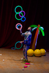 Halle Juggling Convention 2014: Wes Peden in Volcano vs. Palm Tree.