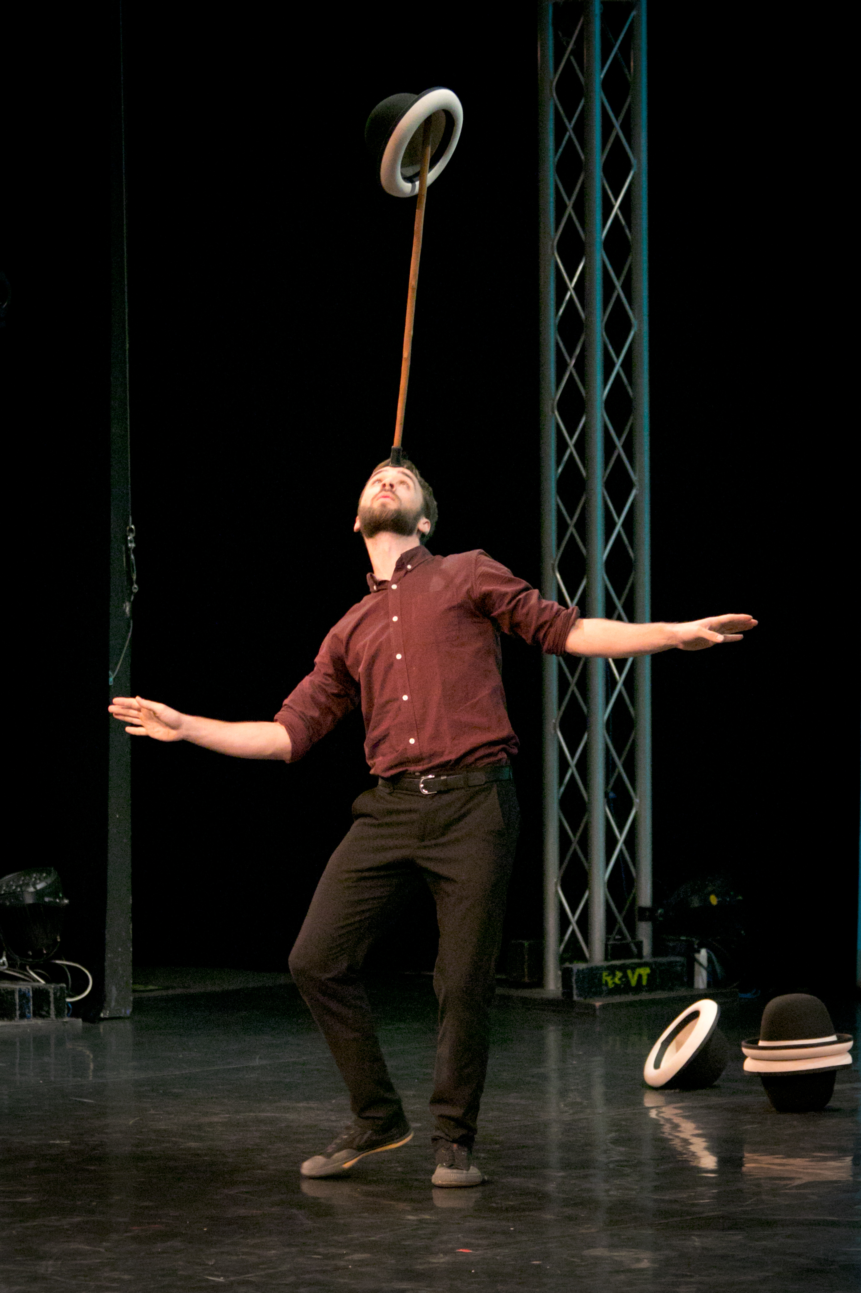 Berlin Juggling Convention 2017 Gala Show: no description.