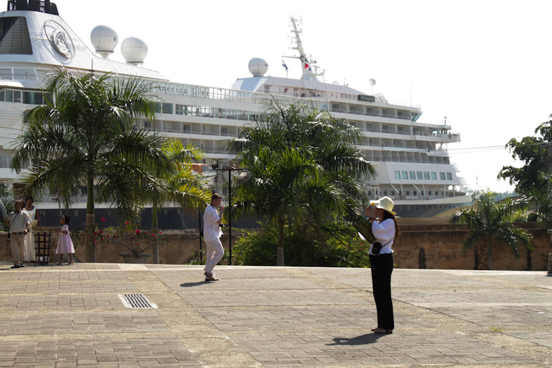 The Prinsendam: Dominican Republic.