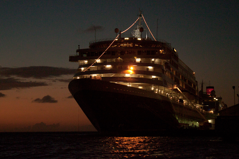 The Prinsendam: Aruba.